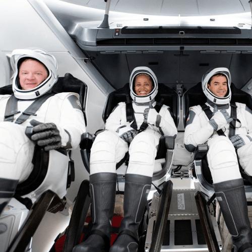 Los turistas en la nave de SpaceX conversaron con Tom Cruise desde el espacio
